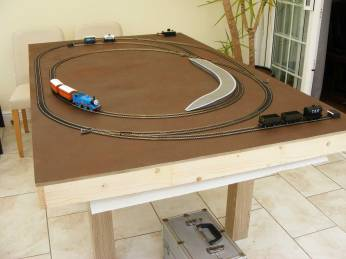 Thomas-Table-Top-Commission_05